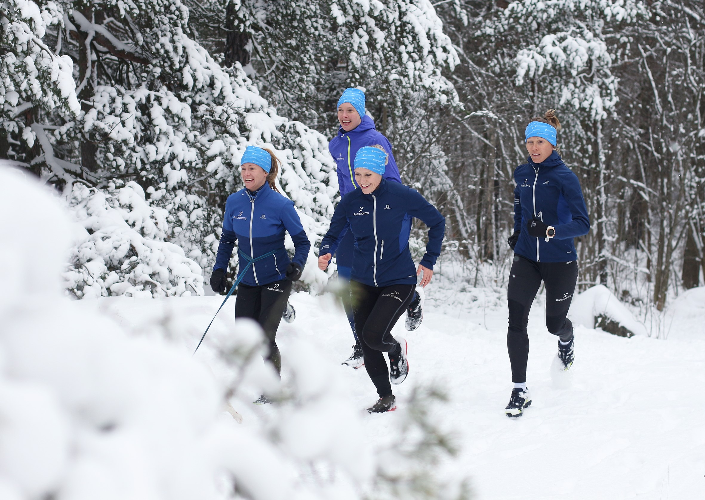 Är du en av dem som ofta slutar att springa när vintern kommer och då  enbart tränar inomhus  Eller blir det rent av att du tar ett uppehåll från  löpningen ... 0d7a1b1f961b7